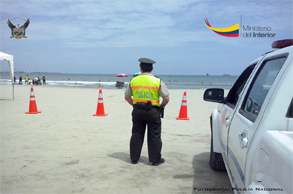 policia playa