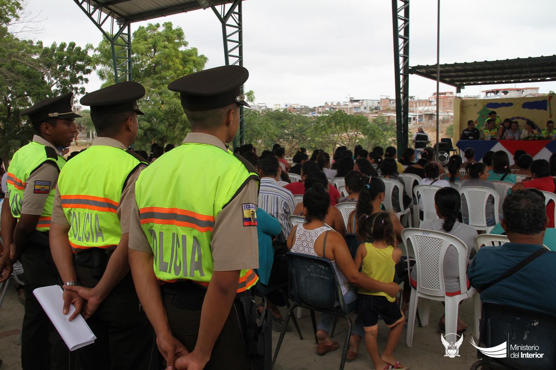 asamblea-comunitaria-para-fortalecer-la-seguridad-socializada-en-el-canton-jaramijo-2-1