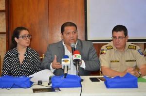 RUEDA DE PRENSA POLICIAS POSTULACIÓN